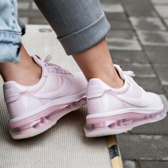NWT??Nike Air Max Zero SE pink NWT